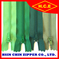 China zip factory long chain no 5 dyed nylon zipper roll for 100y 200y 300y