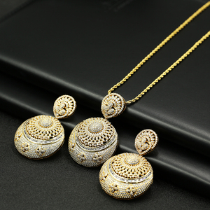 Wholesale Gold Plated Traditional Zircon Earing And Necklace Set Jewelry