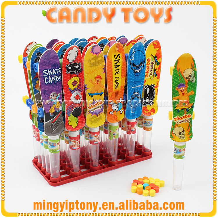 Latest promotional plastic candy toys with sweet for children