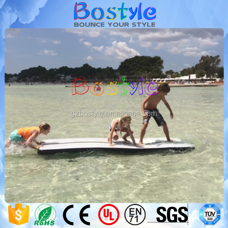 Foldable inflatable yoga mat for water use floating mat