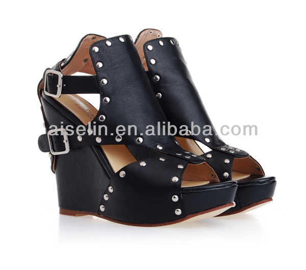 2013 lastest women's rivet sexy sandles black fashion high heel wedge sandals special design pee toe shoes