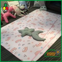2016 high quality eco-friendly cushioned baby play mat with mesh fabric