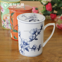 Fine 360ml Chinese Hand painted Porcelain Mugs With Lid
