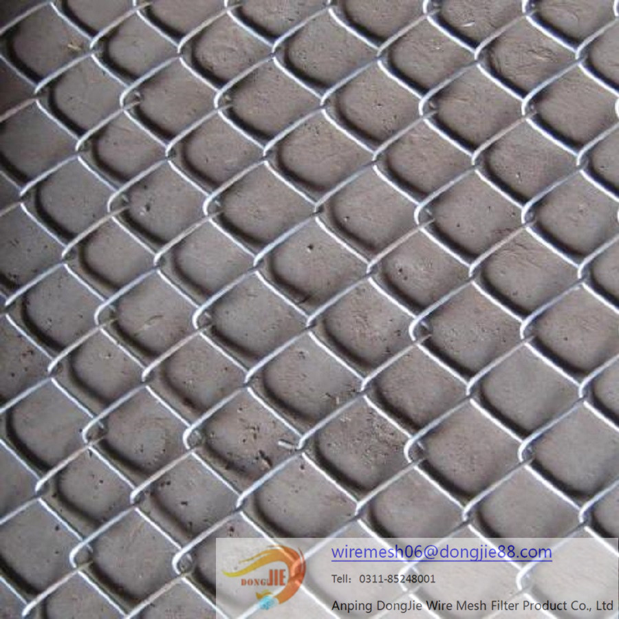 Galvanized / PVC Coated Chain Link Fence Factory Prices/High quality used chain link fence wrought iron gate design