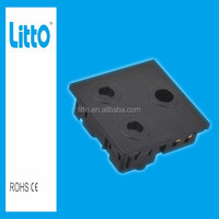 New Type Heat Resistant Black South African Industrial Power Outlet Socket 250V 16A