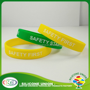 Custom style rubber silicone wristband