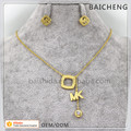 Famous brand jewelry set with Particular pendant and yellow necklace set