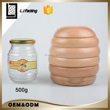 2017 unique design 500ml glass bee shaped honey jar with wood lid jar