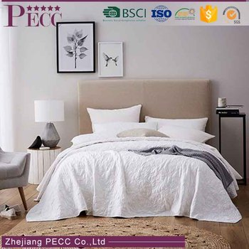 BS-0063New Products On China Market New Products Luxury European Duck Print Bright Color Bedding Set