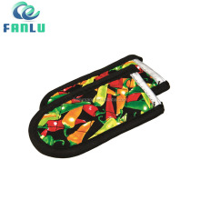 Customized 100% Cotton Fabric Quilted Chillies Printing Funny Pot Handle Holder