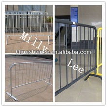 SGS certificated Fixed Foot Pedestrian Crown Control Barriers Packon construction sites and road works