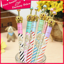 Hot selling US popular customised fancy pearl beaded crown shaped plastic ballpoint pens import from china