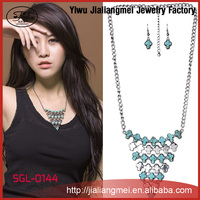 Promotional Indian Style Statement Crystal jewellery Charm Necklace