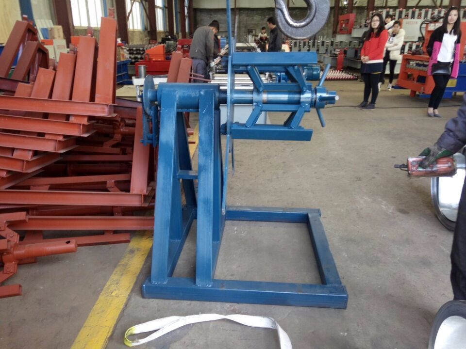 Botou Huayang european standard steel door frame roll forming making machine for production line