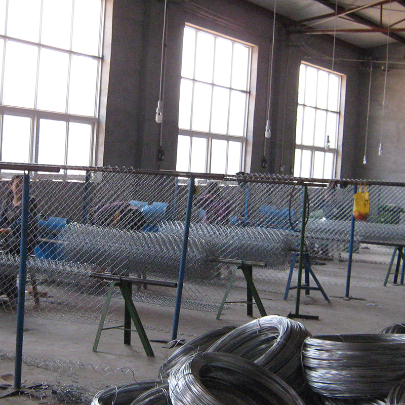 OEM square hole shape used chain link fence