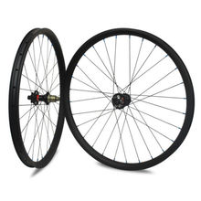 Carbon fiber 29er mtb wheels disc hub mtb bicycle wheel tubeless mountain bike carbon wheelset Novatec disc hub D791/D792