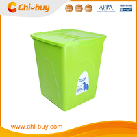 2015 Hot Selling Plastic Pet Food Container for Dog Cat