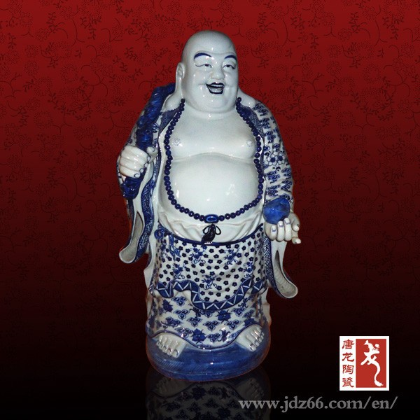 Excellent quality high gloss handmade blue white porcelain figurines made in China