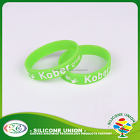 Debossed fitness sports personalized silicone wristband bracelet