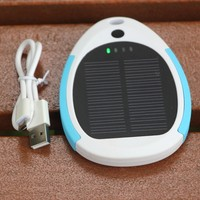 newest bright quality promotion 2600mah new mobile solar powerbank for wholesaler