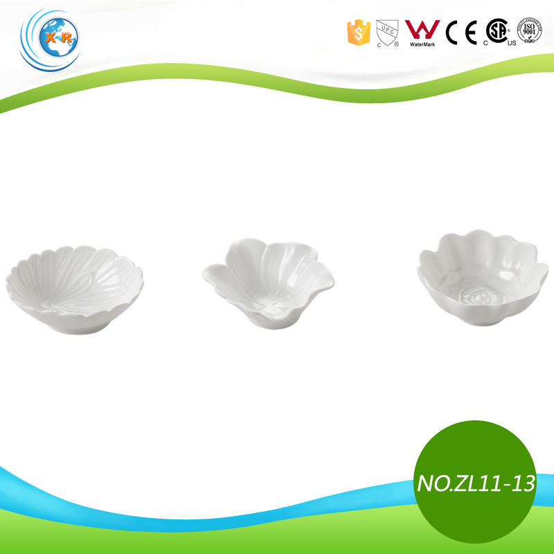 Mini Flower Shape Porcelain Snacks Plate for Sauce