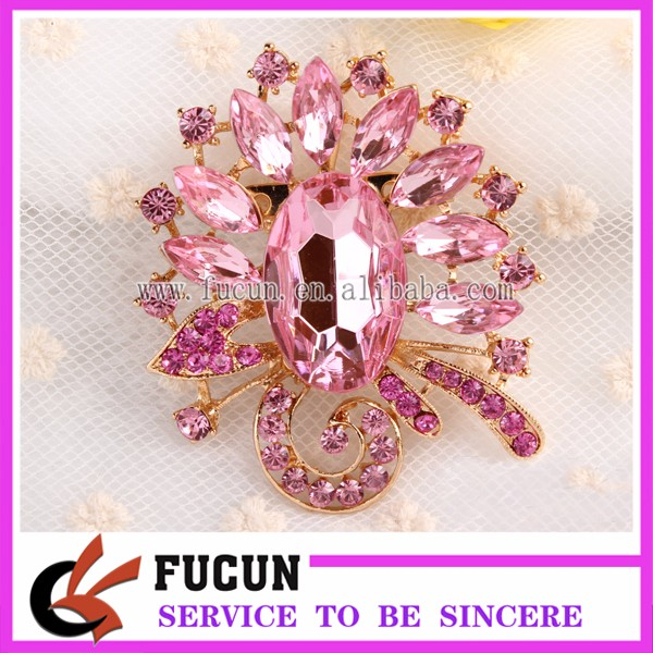 Factory wholesale cheap price crystal brooches Jewelry and hijab coloured safety brooch pin