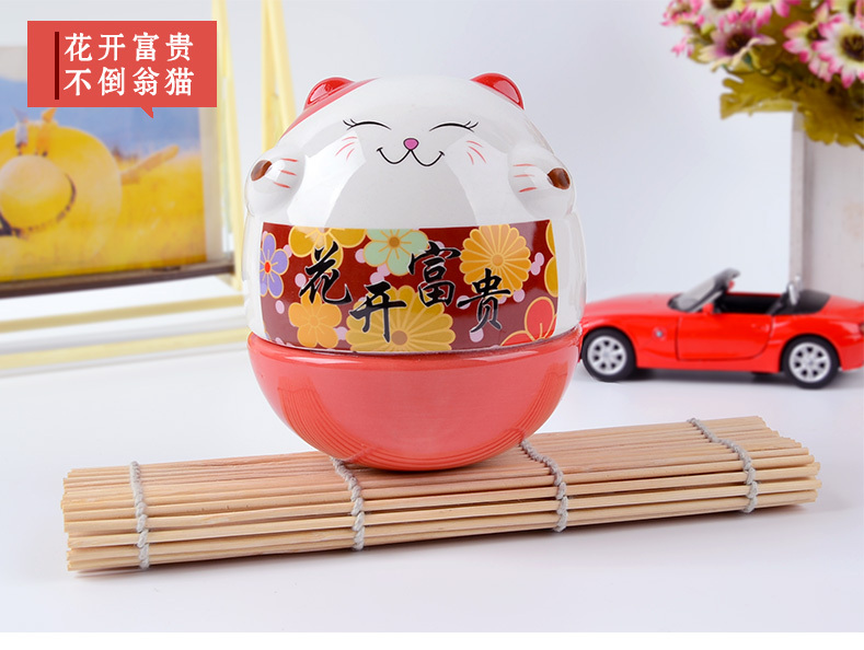 Ceramic japanese lucky cat for home decor/gifts