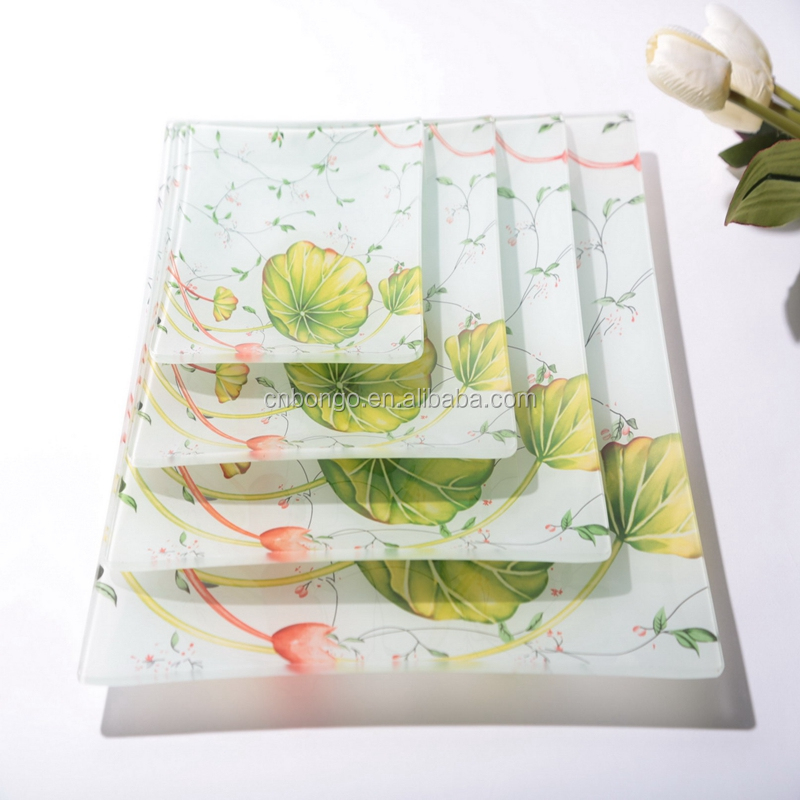China cheap price square shape glass plate / tempered glass trays / colorful fruit plate