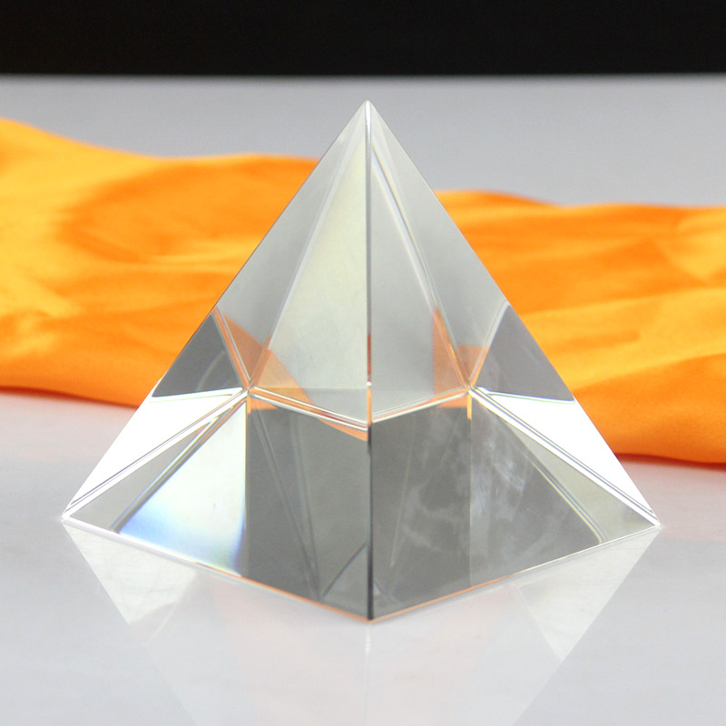 wholesale customized DIY design blank crystal pyramid office paperweight engraved trophy glass egypt pyramid