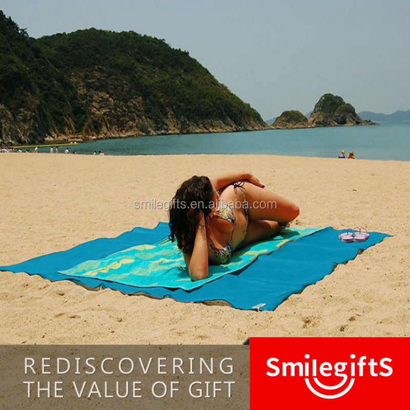 High Quality Mini Sand Free Waterproof Custom Pocket Blanket /beach Mat Pocket Blanket sand free mat