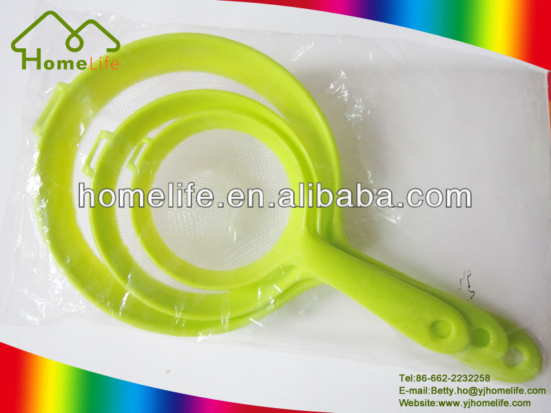 colorful handle kitchen plastic food strainer