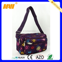 chinese factory produce portable muti pocket small shoulder messenger bag