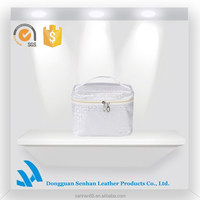 New arrived white polyester clutch travel cosmetic bags and cases