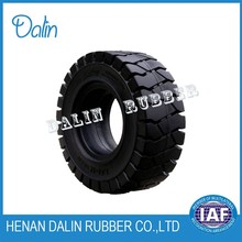 Solid rubber tire 20.5/70-16