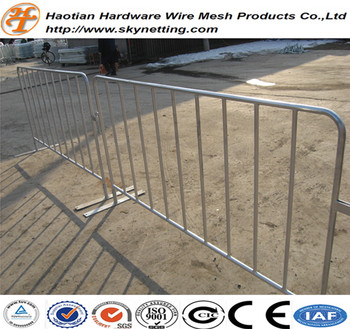 Metal Bridge Feet Road Crowd Barrier Control Fence