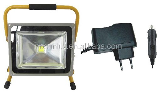 IP65 CE ROHS approved 50W LED Rechargeable Floodlight Emergency Light Cordless lamp