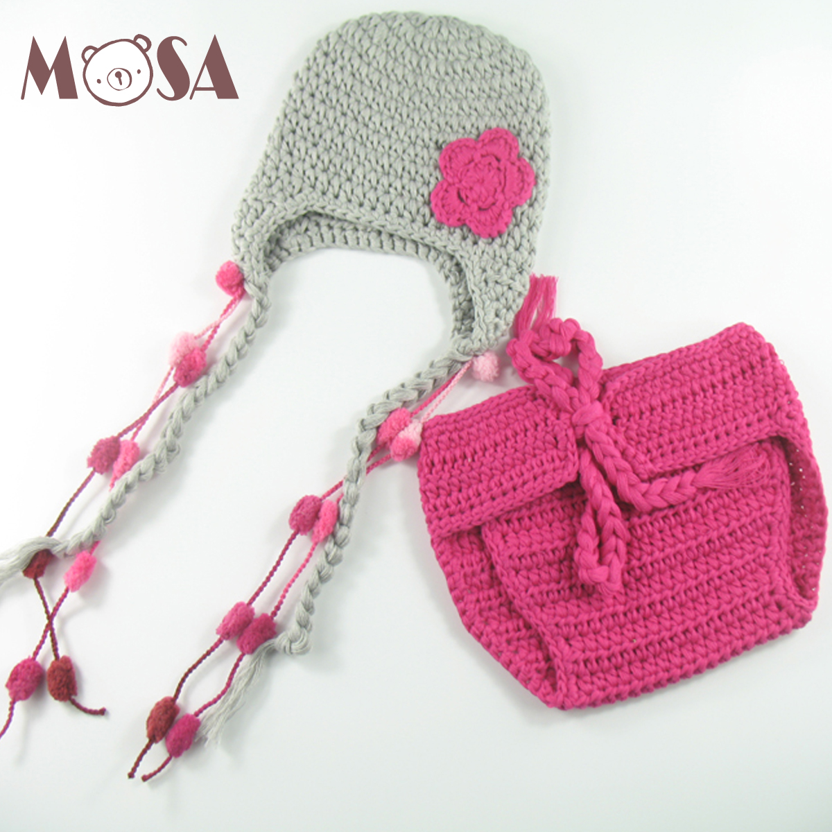 Ganchillo recién nacido sombrero gris con Rosa flor Pom pom orejeras ...