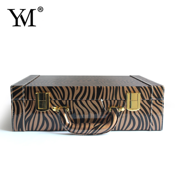 2015 Fashion promotional beauty leather makeup dressing case with lock