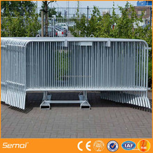 alibaba trade assurance Portable safety fence concert metal construction crowd control barrier