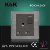 BS1363 High Quality 13A Switch Socket Outlet