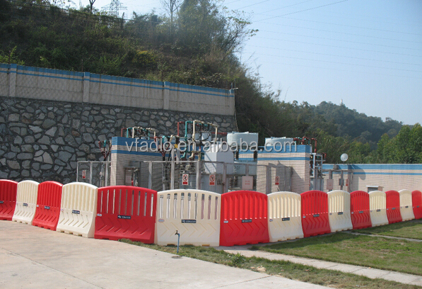 plastic chain crowd control road water filled barrier/high quality plastic water filled parking barr/rotational OEM manufacturer