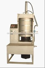 Automatic hydraulic cacao bean oil mill