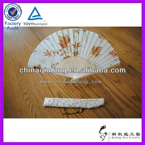Factury price Chinese Wedding Gift Craft Hand Bamboo Fan With high quality