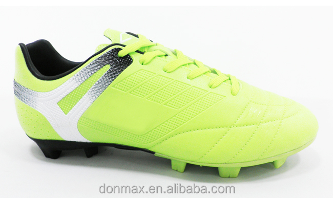 Green Color Factory Soccer Shoes Cheap Cleats for men/lady/children
