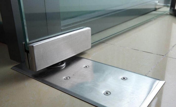 Condibe 060b Bottom Door Rail With Lock Buy Aluminum