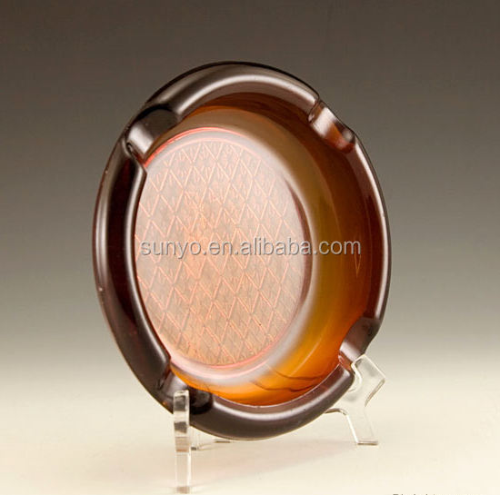 Vintage amber glass ashtray large beautiful excellent condition engraved base round shaped manufacture