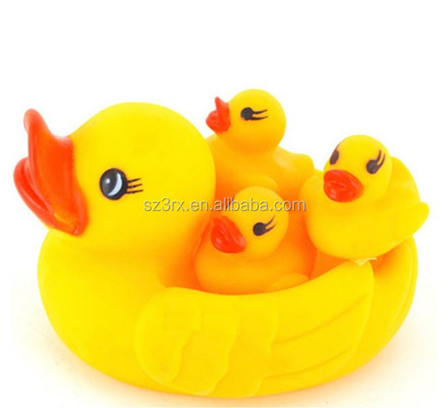 customized your own design vinyl toy/lovely squeaky vinyl animal toy/custom yellow duck vinyl toy for children