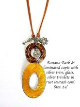 Shell With Banana Bark Necklace