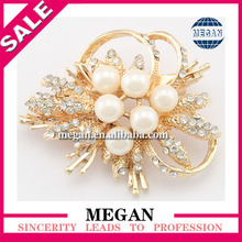 2014 new design 1 dollar brooch