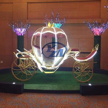 Pumpkin horse carriage with cover exported to Singapore for decoration for hotel